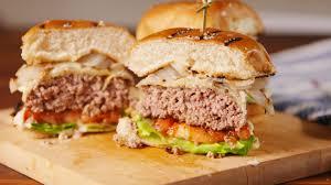 gordon ramsay vs fieri whose burger is better