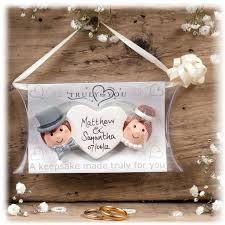 unique wedding presents ideas personalized wedding gift ideas to be given all guests 50th