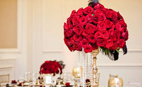 Red Rose Table Centerpieces by Gatsby Wedding Red Roses Black Feather Centerpiece Gold Accents Us