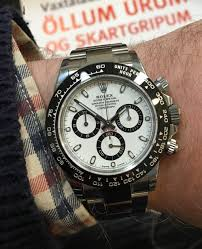 rolex ads rolex finding a ceramic daytona in an ad window and failing to