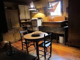 Primitive Kitchen Table by 1832 Best Primitive Colonial Rooms Images On Pinterest Primitive