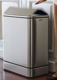 Kitchen Garbage Can With Lid by Top 25 Best Traditional Kitchen Trash Cans Ideas On Pinterest