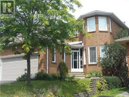 Barrie House 50 Moore Place Barrie Sold On Apr 4 Zolo Ca
