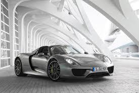 Porsche 918 Hybrid - supercar sea change