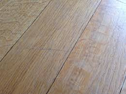 covering scratches on laminate flooring