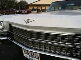 cadillac truck curbside compare u0026 contrast 1963 62 series cadillac 2 door coupe