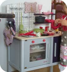 cuisine janod tadaam relooking de cuisinière d enfant et ses accessoires