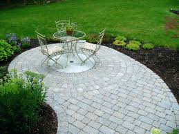 Paver Patio Kits Circular Paver Patio Kit Circle Patio Kits Patios Landscaping