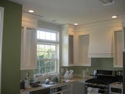 remodelando la casa painting the kitchen cabinets