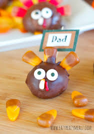 thanksgiving oreo turkey cookies recipe oreo cookie ball turkey place card holders eazy peazy mealz