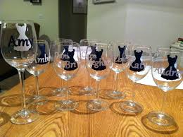 wine glass silhouette personalized wine glasses for the bridal party vinyl cut using