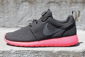rosch runs a look back at 20 notable roshe run releases sole collector