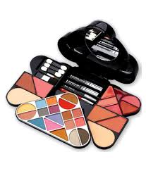 cameleon makeup kit 9788 buy cameleon makeup kit 9788 at best