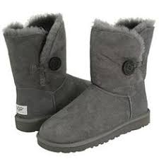 ugg sale thanksgiving uggs uggs uggs uggshuge 2 family garage sale friday and saturday