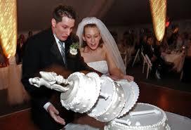 wedding cake disasters wedding cake disasters chwv