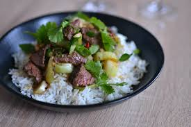 cuisine asiatique boeuf boeuf sauté au wok la recette facile rapide et délicieuse à découvrir