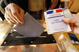 bureau de vote qui ira voter le 23 avril le desk