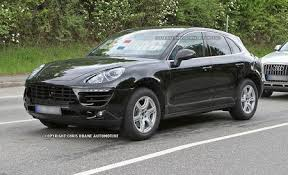 porsche macan base porsche macan reviews porsche macan price photos and specs
