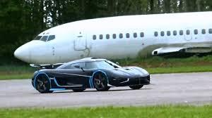 one 1 koenigsegg koenigsegg one1 top speed run 225 mph flyby youtube