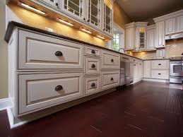 Kitchen   Glazed Kitchen Cabinets Image Of Paint And Glaze - Kitchen cabinet glaze