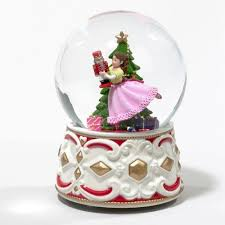 792 best snow globes images on snow globes water