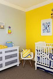 chambre b b jaune décoration peinture chambre bebe jaune 37 04470807 deco