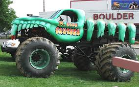 bigfoot the original monster truck where are they now the hulkster and dungeon of doom monster