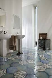 pvc boden badezimmer innenarchitektur kleines geräumiges pvc boden badezimmer pvc