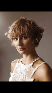 hairstyles from nashville series 74 best muses images on pinterest clare bowen pixie