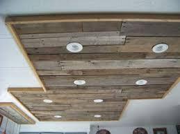 led beleuchtung küche beleuchtung in einer küche mit holzpalette boards9mobel aus