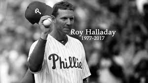 roy halladay among the sports roy halladay s family issues statement after fatal plane crash