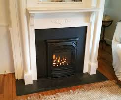 Gas Inserts For Fireplaces by Best 25 Gas Insert Ideas On Pinterest Fireplace Remodel