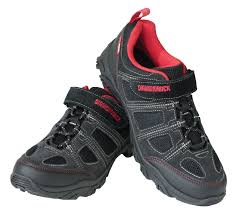 riding shoes amazon com diamondback men u0027s trace clipless pedal compatible