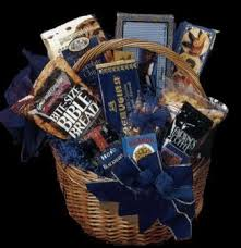 purim baskets mazaltovpages judaica store kosher food purim gift