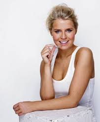invisalign commercial actress invisible alignment for a confident smile raconteur