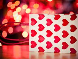 best places for unique valentine u0027s day gifts in atlanta cbs atlanta