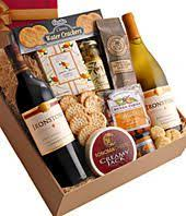 chagne gift baskets pin by shawndell deyo on gift baskets