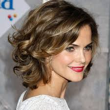 20 youth restoring short hairstyles for women over 40