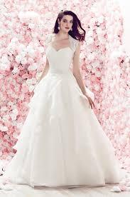 robe de mariã e princesse dentelle robe de mariée haute couture par mikaella exceptionnelle