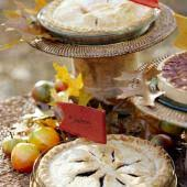 Easy Thanksgiving Table Decorations Easy Thanksgiving Centerpieces Midwest Living