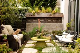 Idea For Backyard Landscaping by Small Backyard Ideas How To Make A Small Space Look Bigger