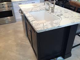 plaque de marbre cuisine plaque de marbre cuisine free cuisine en plaqu bois en noyer en