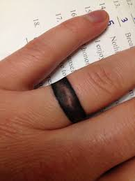 wedding rings ring finger tattoos for married couples heart