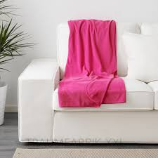 ikea sofaã berwurf ikea skogsklocka plaid tagesdecke decke überwurf flauschdecke pink