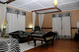 Zebra Print Bedroom Furniture by Zebra Home Decor And Red Color Comely Exterior Backyard Fresh In