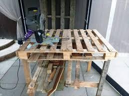 diy pallet work table diy pallet workbench sitez co
