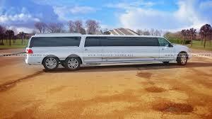 lincoln minivan 22 vietų limo daugiaratis 3 ašių lincoln navigator nuoma