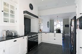 cuisine blanc et noir charmant cuisine blanche et et cuisine blanc noir luxueux