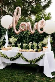 wedding party supplies 25 adorable ideas to decorate your home for your engagement party