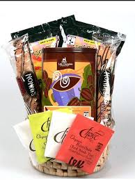 cheap gift baskets cheap gift basket gourmet organic coffee chocolate and teas